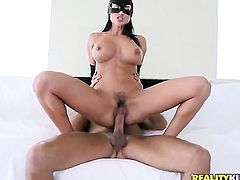 Latina Franceska Jaimes with round ass turns Voodoo on and takes his worm in her mouth