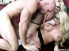 Summer Brielle  Alena Croft with giant boobs gets some in steamy sex scene with Johnny Sins