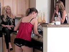 Three lesbians are needy for action and some dirty pleasures