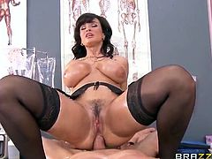 Stunning MILF nurse Lisa Ann is ready for some hardcore action with a big dong. She begs him to stick his big meaty cock deep inside her asshole to make her cum.