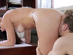 Things get naughty between India Summer and her boss during lunch break
