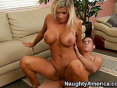 Chris Johnson loves slutty Kristal SummersS wet muff and fucks her as hard as possible