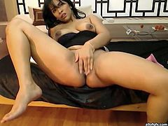Slutty and kinky dark haired lsut with nice body and big boobs fucks herself with pink sex toy. Have a look in steamy The Indian Porn xxx video.