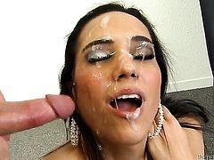 Tia Cyrus looks for a chance to get orgasm after hard cunt fucking with hot man