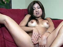 Jackie Lin from Soapy Massage givs top masturbation on cam
