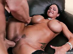 Jewels Jade with gigantic breasts does her best to make hard cocked guy Johnny Sins cum