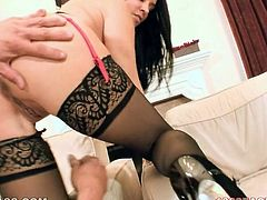 Raven haired Sweetie Vanilla DeVille presents nice titfuck