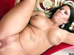 Glammed up wench Kendra Secrets opens her fuck box to be ploughed