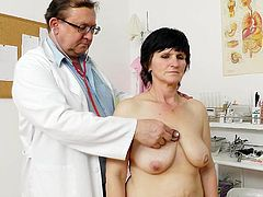Check out mature lady getting fully examed by horny doctor