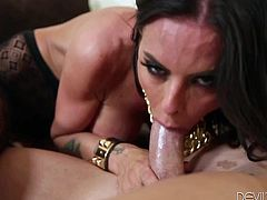 Make sure you check out this hardcore scene where the busty brunette Brandy Aniston is nailed by a guy as she wears pantyhose.