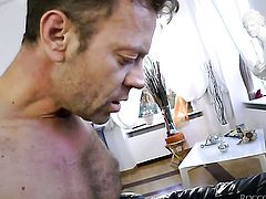Rocco Siffredi explores the depth of sex hungry Milla Yuls deadeye with his tool
