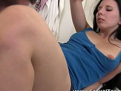 This naughty college girl is far from being shy and she knows how to treat a man. She sucks her lover's dick like a seasoned pro. Then she rides him reverse cowgirl style.