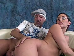 Chris Charming fucks with a slutty Gracie Glam