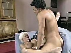 This seductive blonde sucks dick like nobody else. He fucks her cunt and her big boobs bounce like crazy. This steamy show is well worth seeing.