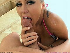 Big breasted sexpot Dyanna Lauren gives her lover an amazing blowjob