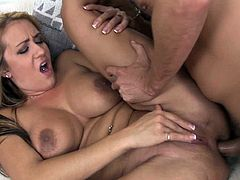 Trina Michaels is a true master in porn when it comes to smash her tight holes