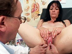 Check out horny mature having her hairy vag stimulated by the gynecologist