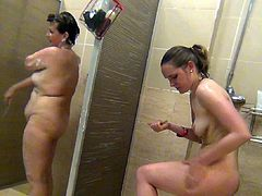 Its a real thrill to watch nude babes enjoying a warm shower