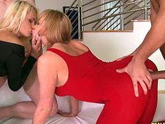 CFNM Secret brings you a hell of a free porn video where you can see how two sexy blonde sluts get fucked together into kingdom come while assuming very hot poses.