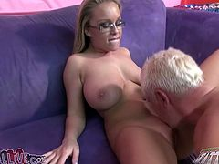 Jessica Moore is an incredibly horny blondie with great curves. Her big boobs look good from every angle and what a fine ass she has! Sex-starved chick knows what she wants from her lover. She spreads her legs wide indicating how bad she wants him to lick her pretty pink pussy.