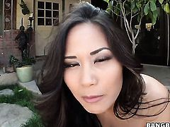 Oriental Jessica Bangkok gets cum glazed after sex with hot dude