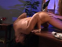 Lesbian pussy action by two hot babes, Dru Berrymore and Amythiest for this tube fuck action in this movie.