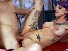 Punk girl with colorful tattoos and dyed hair craves for a bad ass fuck with her partner. Both are already naked and enjoying the time, making out in various kinky positions. Licking the actress´s juicy pussy is rewarded with a crazy blowjob. I don´t want to spoil the entertainment, so click to see more!