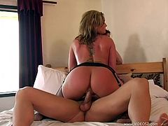 Amazing bubble-butt bitches Tiffany Mynx and Flower Tucci are having a great time with a guy indoors. They suck his schlong remarcably well and then ride it ardently by turns.
