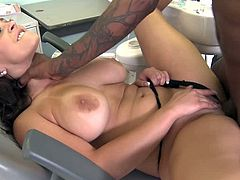 A slutty chick with natural boobs gives a passionate blowjob to a Black guy right in a hospital. She gets fingered and then banged in her vagina like never before. Liza also gets her happy face cum covered in the end.