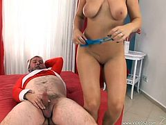 Big breasted Alexa Bold gets her delicious pussy licked by an old man. Then she takes off panties and gets fucked like never before. This guy is very experienced. He knows how to make a girl scream.