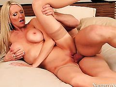 Johnny Castle enjoys sultry Emma Starrs wet hole in steamy sex action