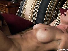 Shayla Laveaux and Alyssa Reece shows it all and then take care of each others lesbian wet love box
