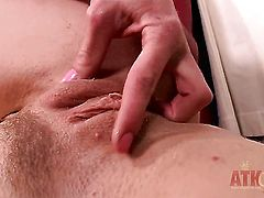 Blonde Bella Bends spends her sexual energy alone using dildo