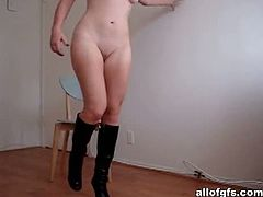AllofGFs brings you a hell of a free porn video where you can see how a horny amateur brunette in leather boots poses and plays while assuming very naughty poses.