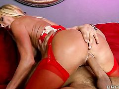 With massive knockers gives pussy to horny as fuck Danny Mountain