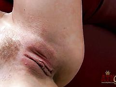 Blonde Bella Bends is too horny to stop rubbing her bush