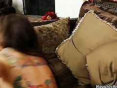 Latin Yurizan Beltran with phat bottom and bald pussy attacked by erect worm of Kris Slater
