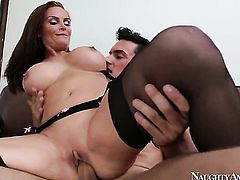 Diamond Foxxx with smooth cunt loves to fuck and cant say No to hard cocked dude Ryan Driller