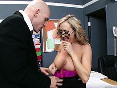 Have a look at this hardcore scene where Mr. Sins has a great time fucking principal Brandi Love after class.