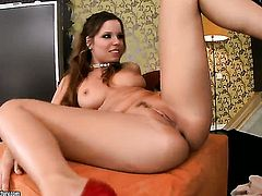 Brunette Peaches parts her legs and gets her slit tongue fucked by Keisha Kane in lesbian action