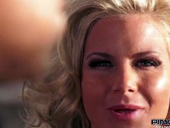 Light haired seductive sex bomb with gorgeous body and in sexy suit provided that feverish freak with hard deep throat.Then got button fucked in mish pose.Take a look at that hot blond MILF in Pinko HD sex video!