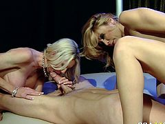 Slutty and amazing light haired babe with nice boobs gets her pussy licked and the other blonde sucks the dick at the same time. Have a look at these babes in Brazzers Network sex video.