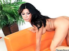 Latina Cassandra Cruz is good on her way to make hard dicked guy bust a nut on oral action