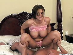 With giant jugs gets the fuck of her dreams with hard cocked fuck buddy