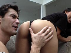 Make sure you have a look at this hardcore scene where the beautiful Jessica Bangkok is fucked by this guy after eating her pussy out.