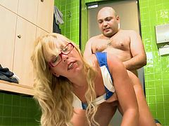 About time golden cougar with sexy glasses to feel amazing pleasure while fucking on the bathroom floor