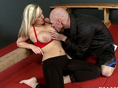 Horny and hot light haired babe with awesome body gets her dripping pussy licked. Have a look at this chick in Brazzers Network sex video.