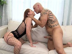 Juicy Karlie Montana Gets Fucked By Derrick Pierce