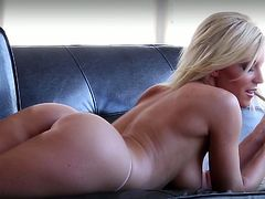 Appealing masturbation solo on the leather couch along beautiful milf in need to pose her sexy forms on cam