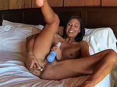 Her trusty toys never let her down when smashing her tight holes with them in pure solo cam show